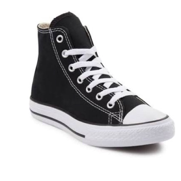 ecc530e9844763 Converse Shoes - GUC Black High Top Chuck Taylor Converse All Star